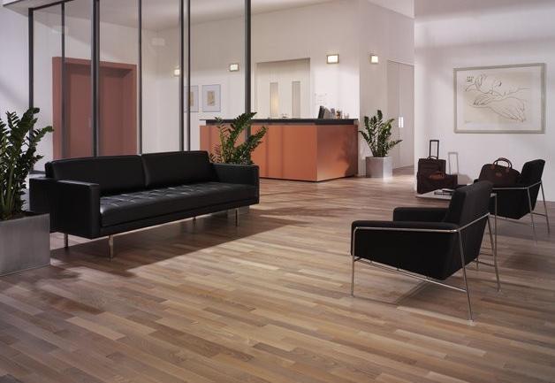 comment teinter parquet stratifie devis contact artisan saint quentin soci t pymszv. Black Bedroom Furniture Sets. Home Design Ideas